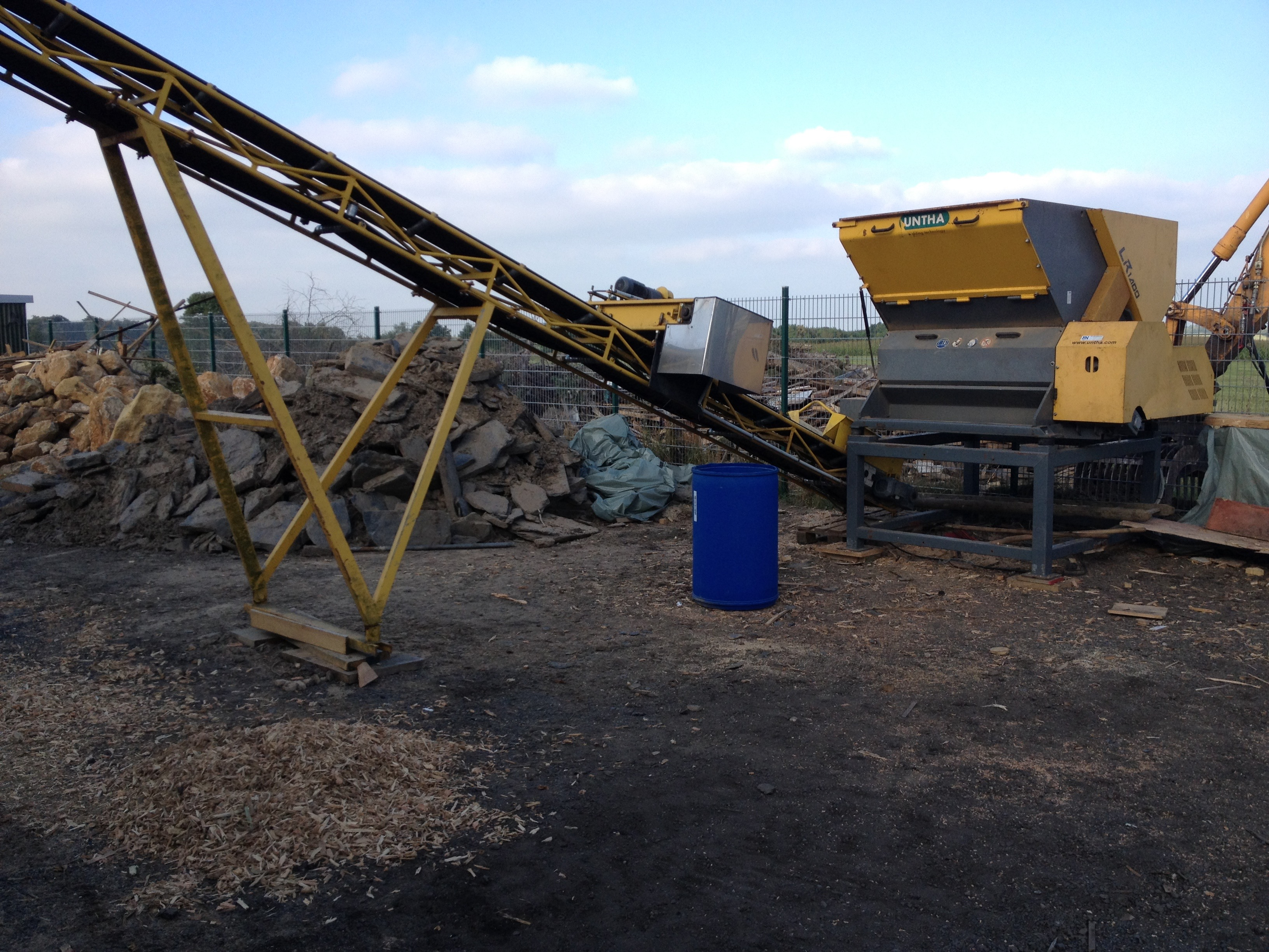 Tiefbauarbeiten Rheinbach Pflasterarbeiten Gartenbau Entwässerung Abriss