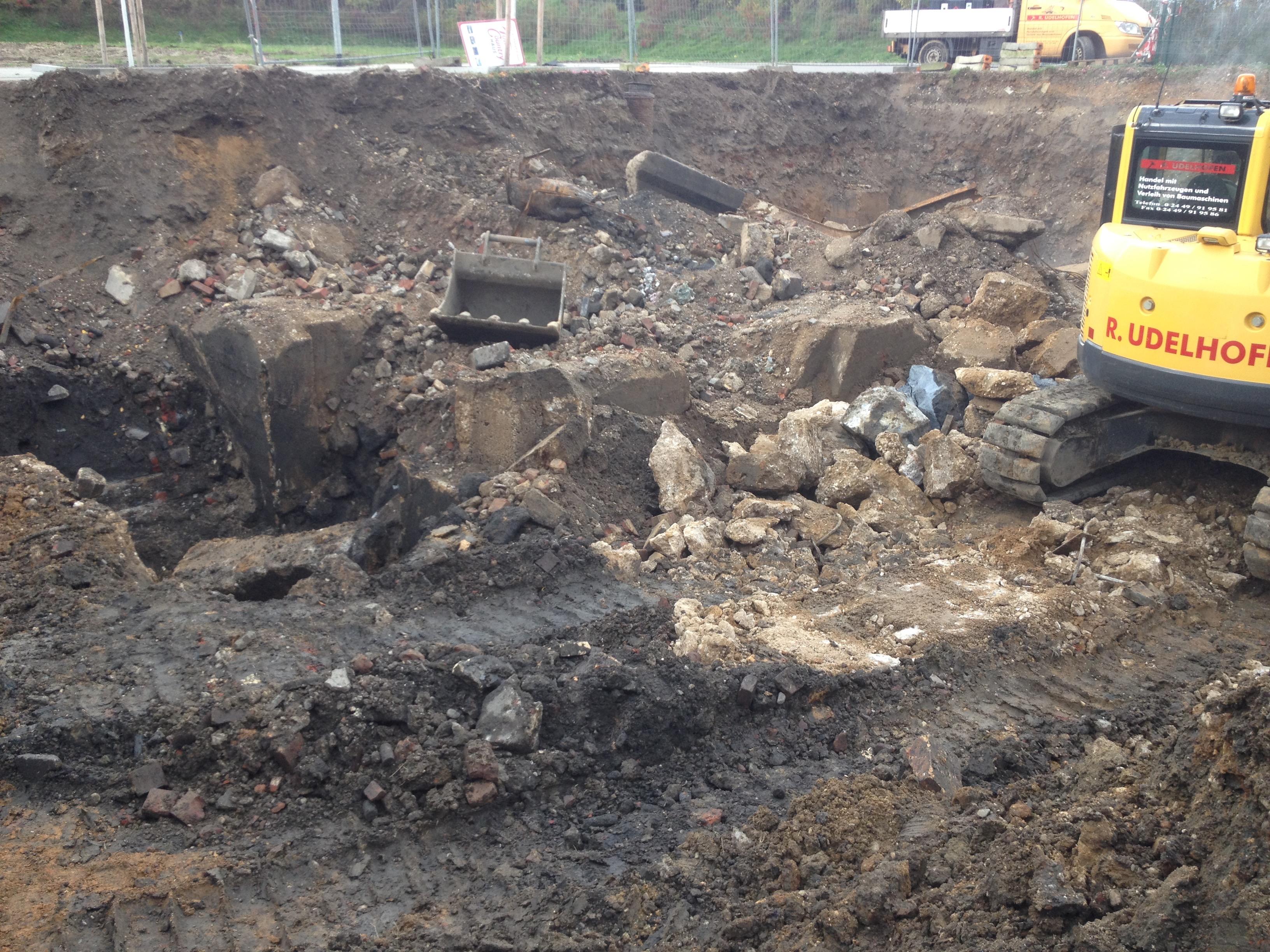 Tiefbauarbeiten Mechernich Pflasterarbeiten Gartenbau Entwässerung Abriss